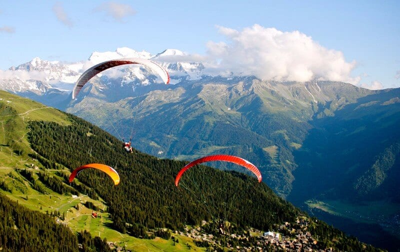 Learning to paraglide