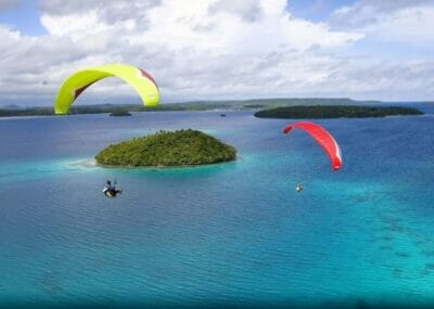 paragliding-tonga-2-675x460_c