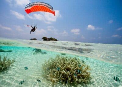 paragliding-tonga-675x460_c