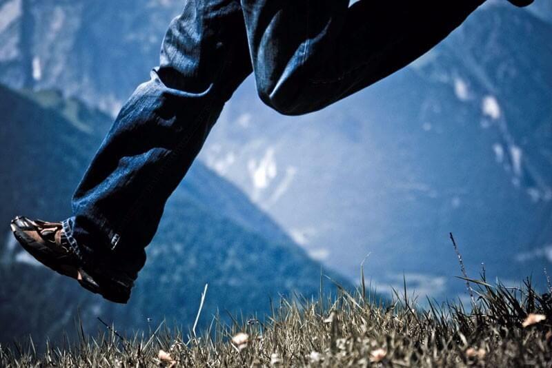 feet off the ground - Switzerland